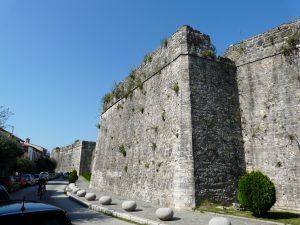 Ioánnina, Stadtbefestigung mit Geschützplattformen, ausgebaut ab 1815